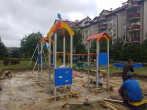 Rokicka 21 - nowy plac zabaw w budowie